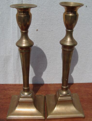 FINE 18TH CENTURY QUEEN ANNE PERIOD PAIR BRASS CANDLESTICKS