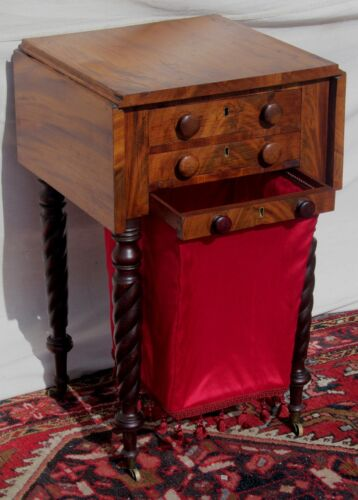 CIRCA 1810'S MAHOGANY SALEM MASS ANTIQUE WORK TABLE - SEWING STAND - NIGHTSTAND
