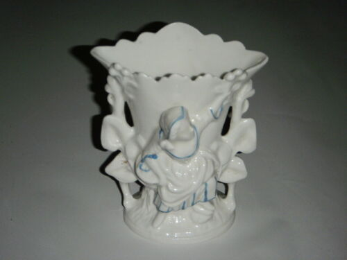 "ANTIQUE 6.25"" WHITE PORCELAIN VASE WOMEN OFFERING FLOWERS DRESS BASKET BLUE GOLD"
