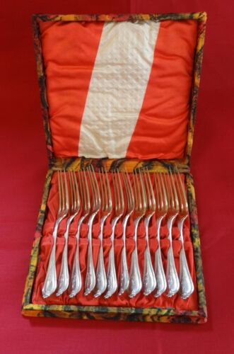 """Old Newbury by Towle Sterling Strawberry Fork GW Set of 12 In Fitted Box 5 1/8"""""""