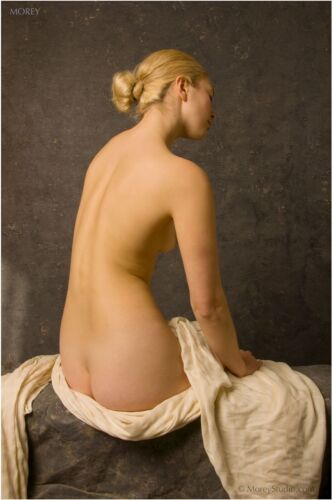 Mae 9755 Fine Art Nude, hand-signed 8.5x11 photo by Craig Morey