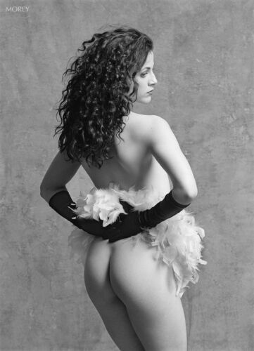 Rusty 90147.09 Fine Art Black & White Nude, hand-signed photo by Craig Morey