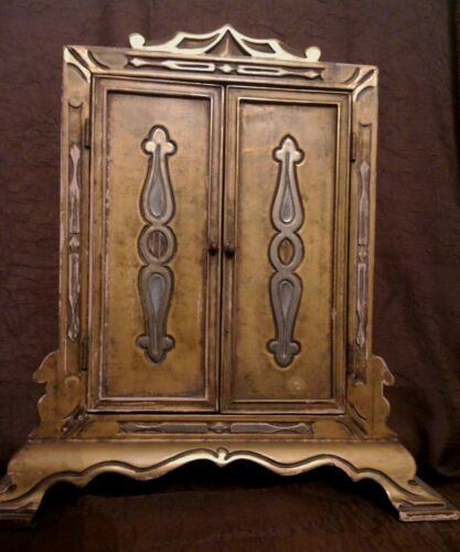 FINE antique Italian Florentine Gilt wood Tryptic picture frame
