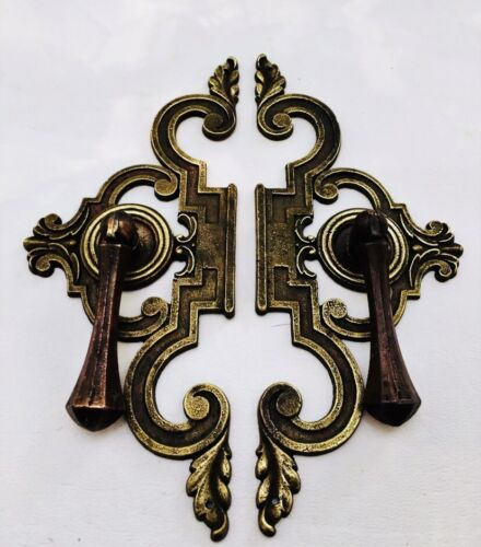 Mid Century Modern French Provincial hardware antique drawer pull Cabinet Knob