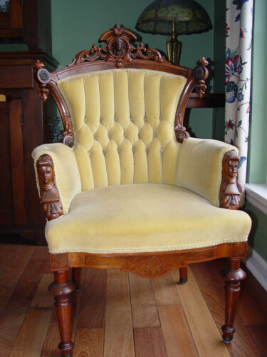 John Jelliff Victorian Renaissance Highly Carved Decorated Armchair c.1870