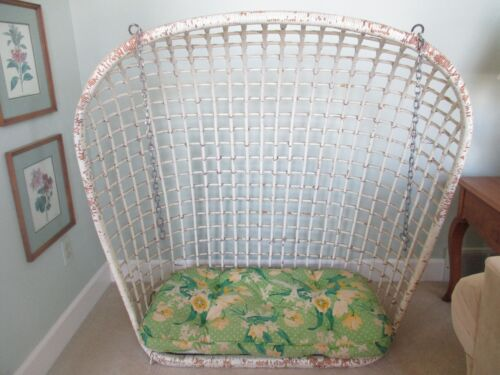Antique Vintage White Wicker Rattan Porch Swing with Cushion & Chains Excellent!