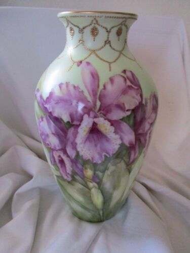 Gorgeous hand painted purple orchid vase signed Ruby Decarolis gold moriage