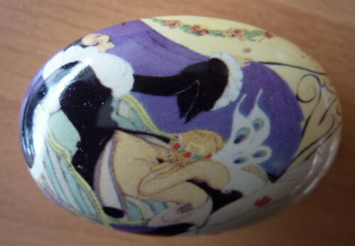 Art deco style erotic porcelain trinket pill box Gerda Wegener Pierrot 932-1A