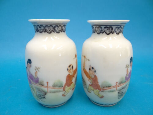 Antique Pair Old Small Chinese Hand Painted Porcelain Mini Vases Bud Miniature