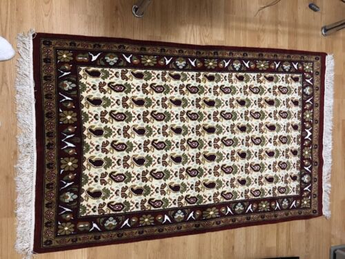 100% Hand Made Wool Rug With A Touch Of Silk