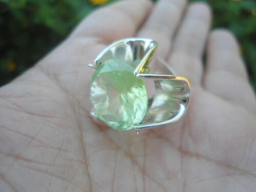 Artisan VINTAGE Sterling Silver TAXCO MEXICO RING S5.0 Natural Green SPINEL
