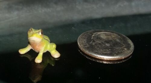 Bronze Austrian Frog Paperweight Cold Painted