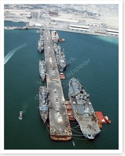 US And French Warships Moored In Bahrain Operation Desert Storm 8 x 10 PhotoReproductions - 156449