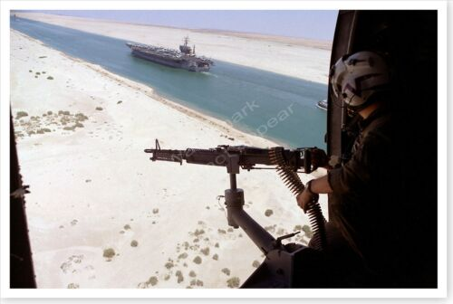 Suez Canal SH-3H Sea King Helicopter Door Gunner Desert Shield 8 x 12 PhotoReproductions - 156449