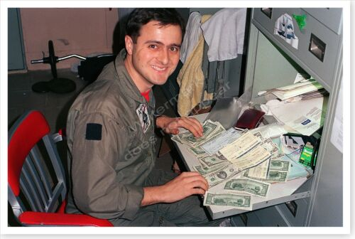 USS Theodore Roosevelt Lieutenant Counting Funds Desert Storm 8 x 12 PhotoReproductions - 156449