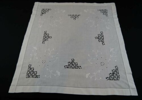Antique, Vintage White Tablecloth With Drawn Thread & Eyelet Work - Small