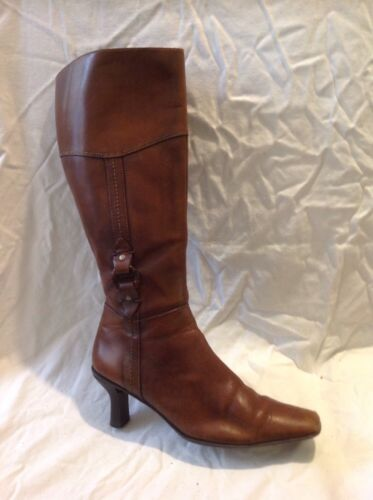 Caravelle Brown Knee High Leather Boots Size 38