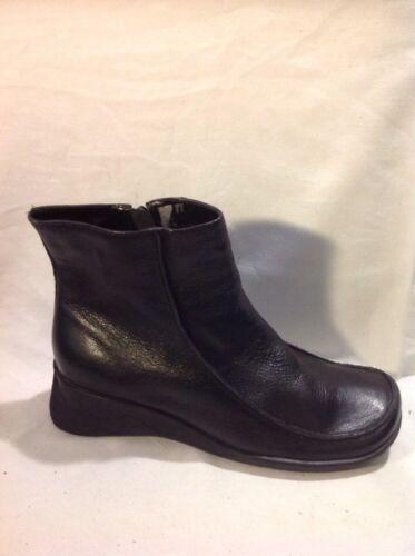 Essence Black Ankle Leather Boots Size 7