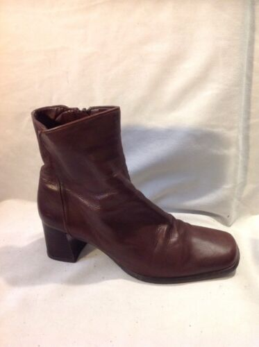 RIVA Brown Ankle Leather Boots Size 40
