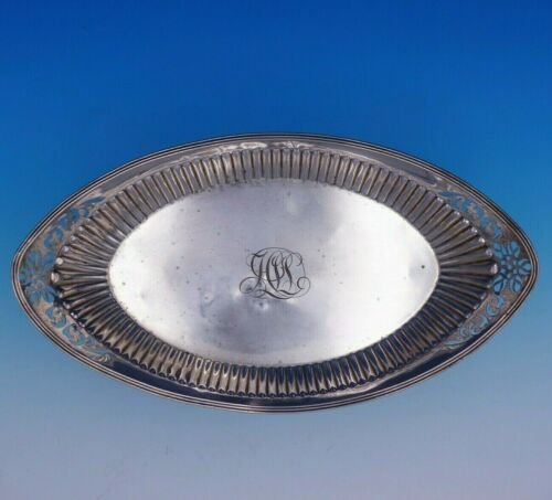 Colonial by Gorham Sterling Silver Bread Tray Fluted Fancy Pierced Flowers #3270