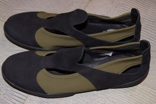 Arche Relax Flat Shoe In Black Leather/Khaki Stretch UK 2/EU 35