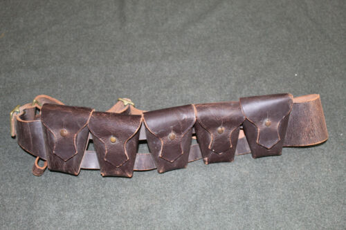 Original Ww2 Canadian Army Officers Five Pocket Leather Ammo Bandolier, 1942 D.