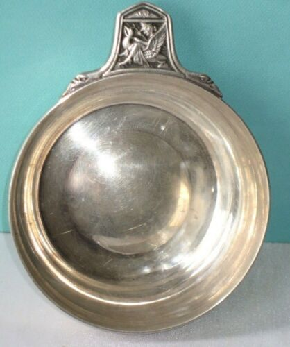GREAT TIFFANY & Co STERLING SILVER PORRINGER , WINE TASTER , DECORATIVE HANDLE