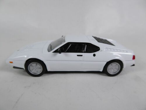BMW M1 (E26) 1/43 - IXO Voiture miniature Diecast Model Car
