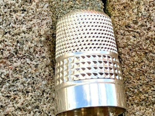 Sterling Silver Thimble - James Fenton - Birmingham - 1920