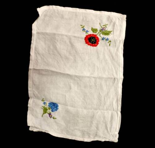Vintage pretty large rectangle doily mat with embroidered flowers 47cm