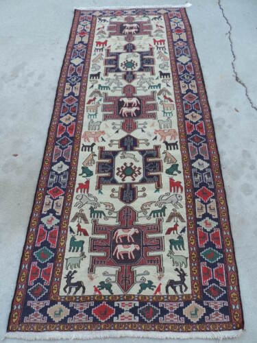 4x9ft. Handmade Animal Design Sumak Wool Runner