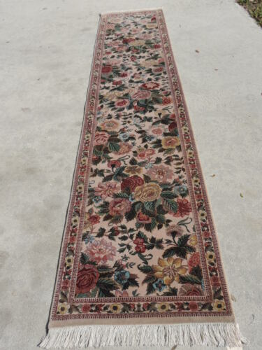 3x12ft. Fine Handwoven Floral Wool Runner from Pakistan
