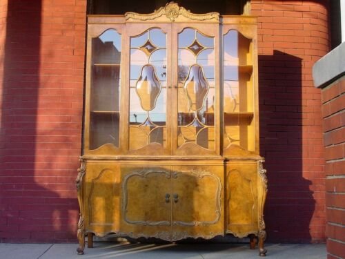 Estate Fresh! ROMWEBER Avodire FRENCH LOUIS XV Style BREAKFRONT CHINA CABINET