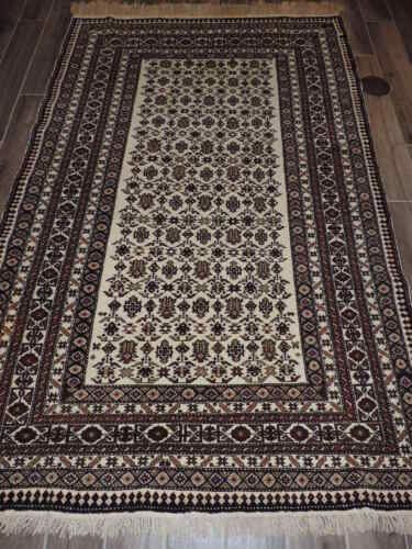 5x8ft. Handmade Shirvan ChiChi Wool Rug