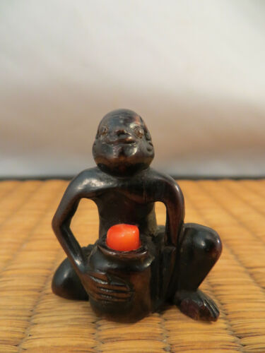 Antique Japanese Wood & Coral Netsuke of South Seas Coral Diver Japan