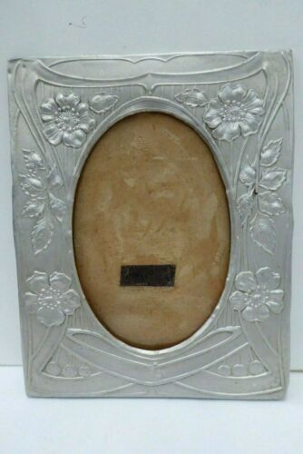 ART NOUVEAU PRESSED METAL PICTURE PHOTO FRAME ANTIQUE