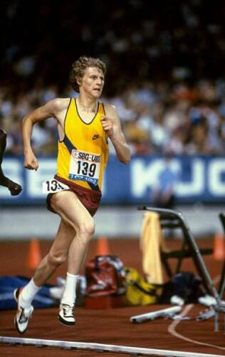 OLD SPORTS PHOTO Olympic Steve Cram Of Great Britain In ActionSummer, Winter Games - 27291