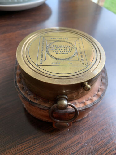SOLID BRASS SUNDIAL COMPASS SUN CLOCK RETRO WITH LEATHER CASE