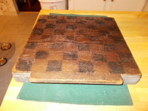 EARLY 1800S ALL ORIGINAL CHECKERBOARD MADE WITH LARGE SQUARE NAILS LID TOP MAYBE