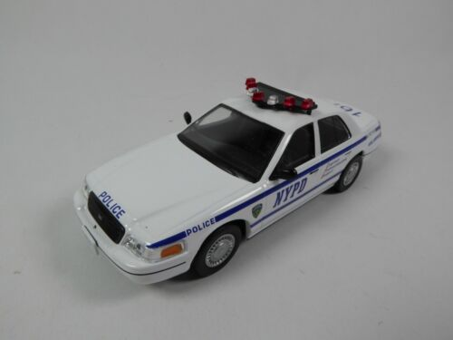Ford Crown Victoria Police New York NYPD 1/43 Ist Voiture miniature Diecast PM12