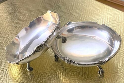 Pair Large Egyptian Silver Dishes - 1978 - 900 Standard Silver