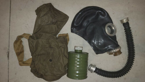 GAS MASK SOVIET GP-5 WITH BAG & FILTER - COLD WAR WARSAW PACT COLLECTIBLE UNUSEDOther Eras, Wars - 135