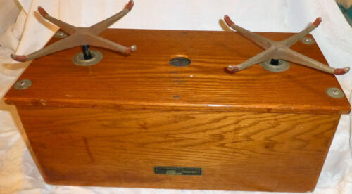 1900's The Torsion Balance Co USA Made Style 258 Scale Oak Case Drug Store Candy