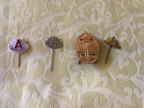 REDUCED PRICE - 4 Anzac Day Badges all Different. Preloved. Very good condition 1914 - 1918 (WWI) - 13962