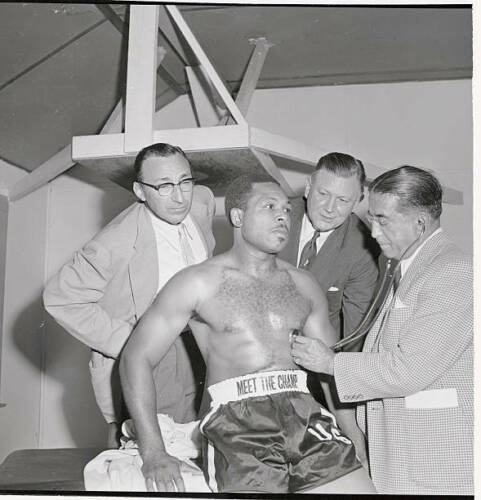 Dr. Vincent Nardiello Examining Archie Moore 1954 OLD BOXING PHOTO
