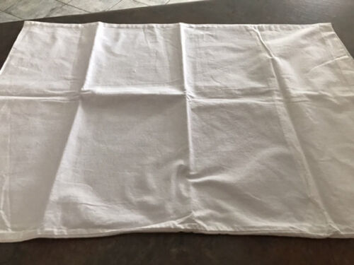 VINTAGE PURE COTTON ACTIL PILLOCASE PAIR. (AF)