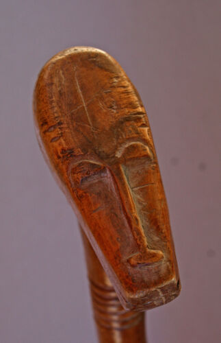 ANTIQUE AFRICAN CARVED WOOD STAFF