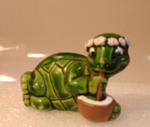 Kinder Surprise / Tiny Tortues / Tortue Siro-Coco n° 5 /1993