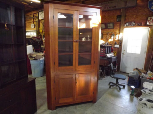 Early 19th Century Cherry Corner Cabinet - 1800s American Colonial Craftsmanship