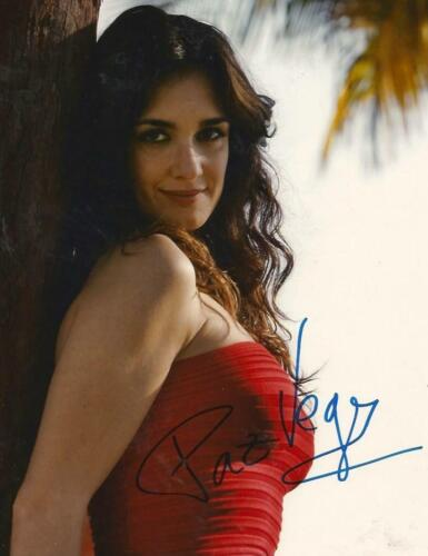Paz Vega SPANISH TOP ACTRESS autograph, In-Person signed photo